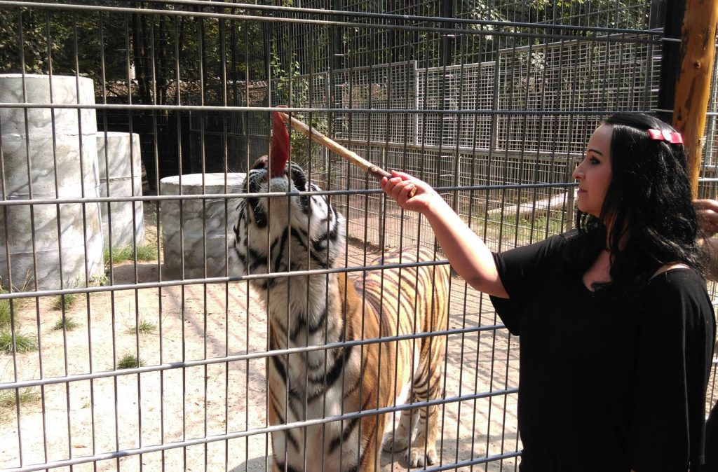 Sie kann auch Tiger besänftigen.