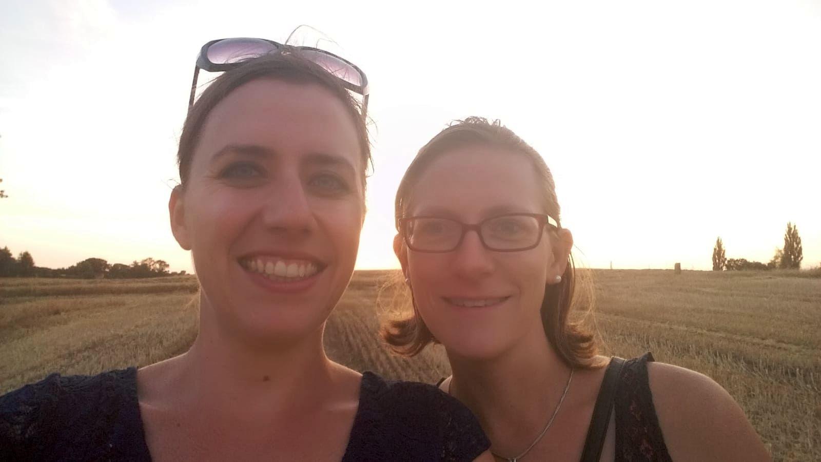 Sonja und Liska sind Assistentinnen der Geschäftsführung. (Foto: Sonja Frank)