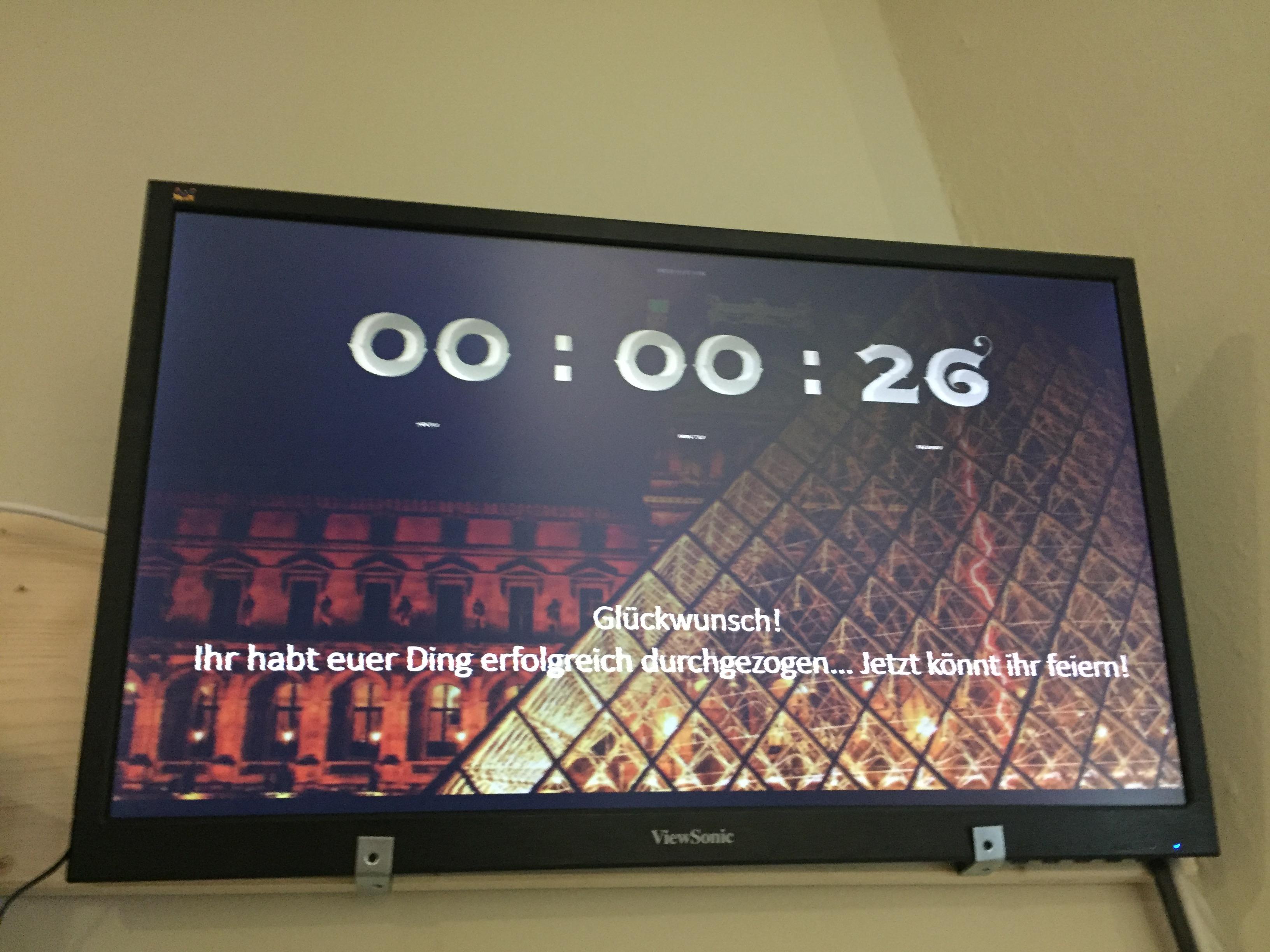 Unser Team war in drei Gruppen verteilt. Zwei schafften es, die Rätsel in 60 Minuten zu knacken.